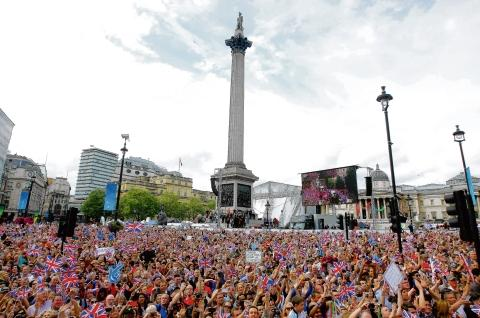 The crowds in Trafalgar Square