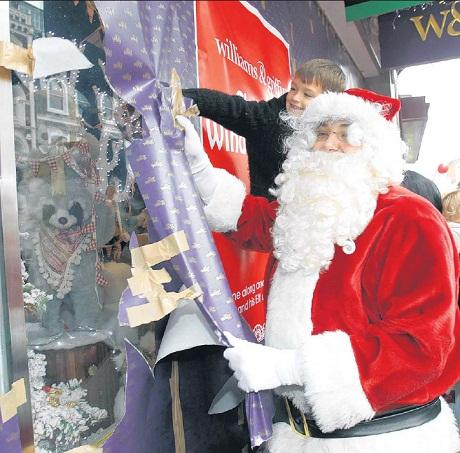 Williams & Griffin to unveil Christmas window