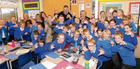 Essex County Standard: Parents go back into the classroom at Broomgrove Junior School, Wivenhoe
