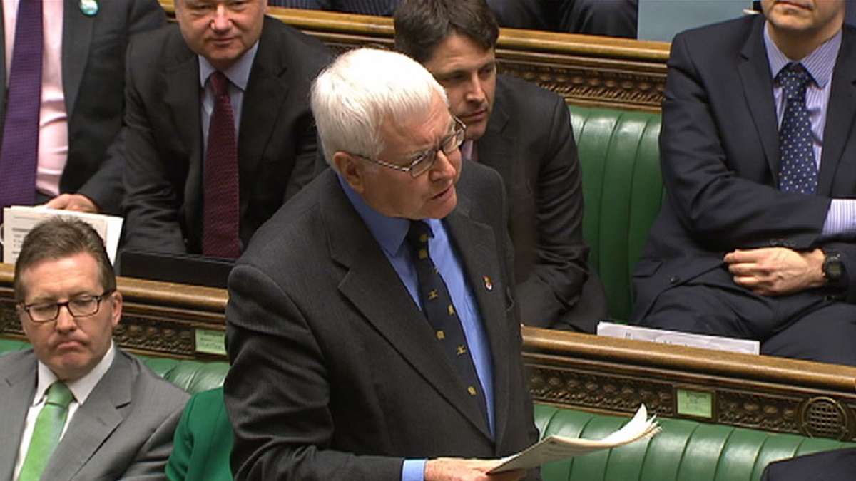MP Russell quizzes PM on Army cuts