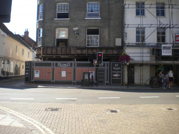 Anger at bar's plans to open until 3.30am