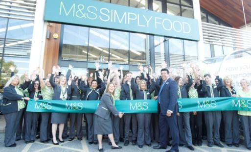 New Marks & Spencer Simply Food draws crowds of excited shoppers
