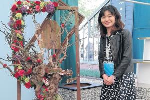 Student's fantasy tree is a blooming success at Chelsea